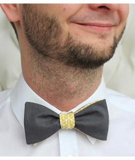 Oboustranný bílo-žlutý vzorovaný/tmavošedý