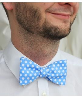 Motýlek středně modrý s puntíky